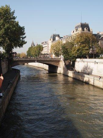 La Seine : セーヌ川、シテ島からの眺め