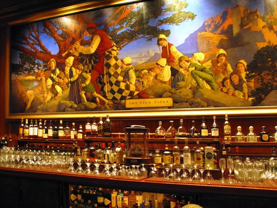 mural a bar picture of pied piper san francisco. Black Bedroom Furniture Sets. Home Design Ideas