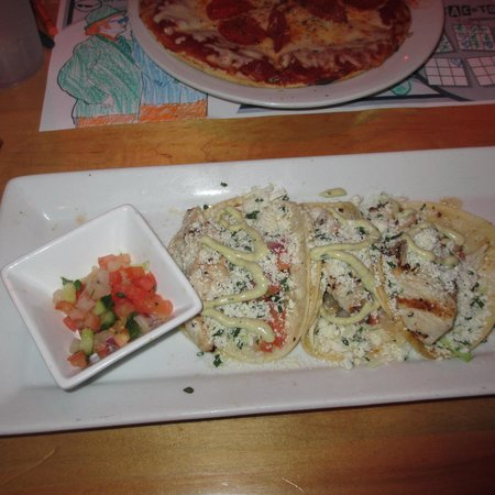 House of Blues Restaurant & Bar : Fish Tacos