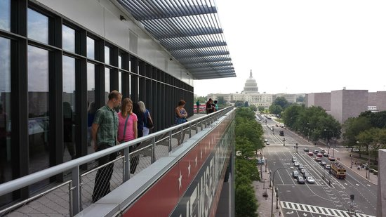 Newseum : View from the top level
