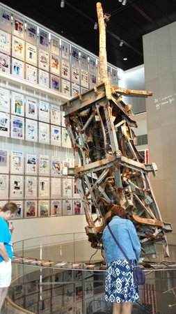Newseum : The 9/11 exhibit is well done. Don't miss the video.