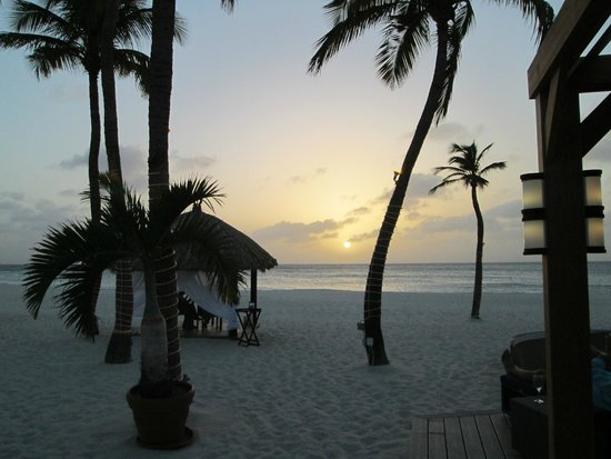 Elements Restaurant - Adults Only: Private cabana dining at sunset...