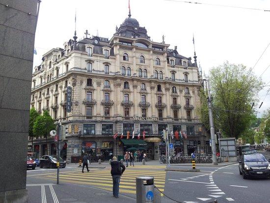 Hotel Monopol Luzern: Hotel Monopol
