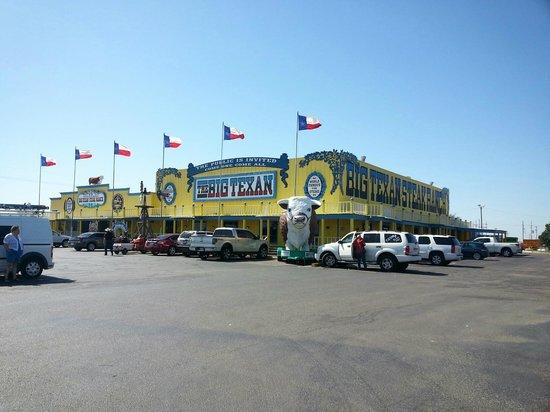 Big Texan Steak Ranch : Entrance/front