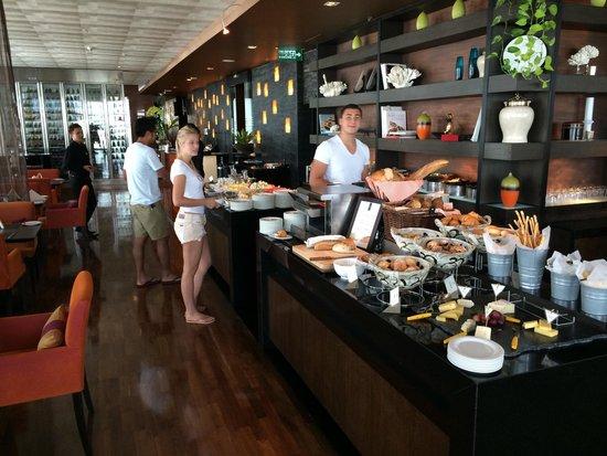 VIE Hotel Bangkok, MGallery by Sofitel : Breakfast