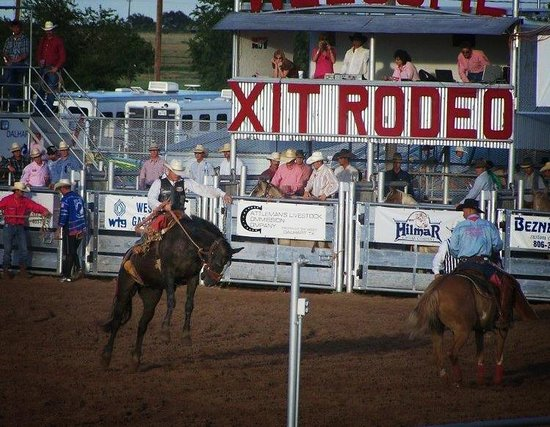 Econo Lodge: XIT RODEO