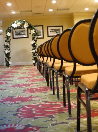 Park Vista - DoubleTree by Hilton Hotel - Gatlinburg : Getting ready to receive guests!