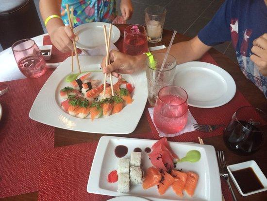 Memories Grand Bahama Beach and Casino Resort: Sushi bar