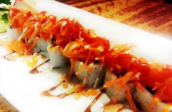 Ginza Japanese Restaurant: volcano roll