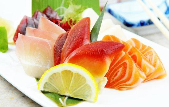 Ginza Japanese Restaurant: assorted sashimi