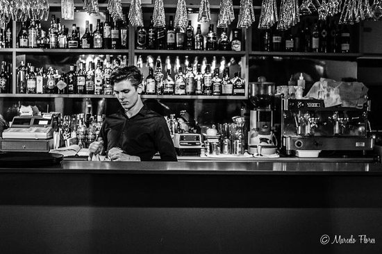 Reserve Restaurant Cellar: Bar