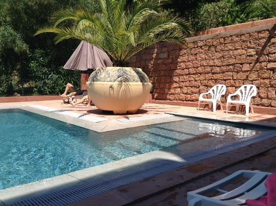 Hôtel Corsica : la piscine