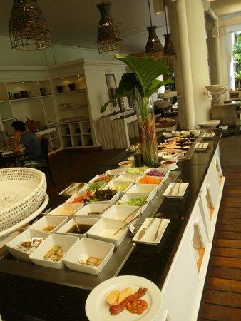 Anantara Hua Hin Resort: Part of the breakfast spread