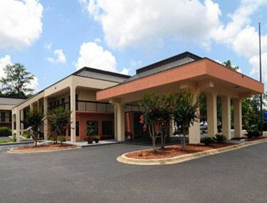 Baymont Inn & Suites Tallahassee: Welcome to the Baymont Inn And Suites Tallahassee