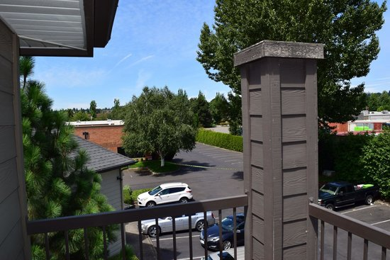 Homewood Suites by Hilton Vancouver-Portland : Balcony side view
