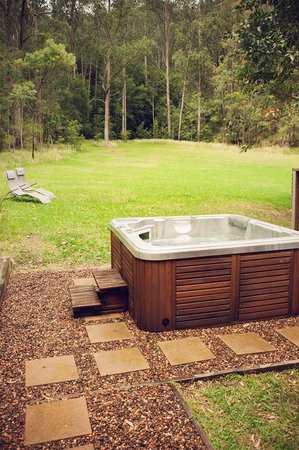 Mystwood: Private outdoor spas