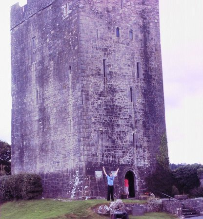 Dysert O'Dea Castle and Archaeology Centre: Found it!