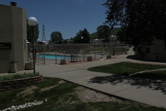 Dakota Ridge RV Park : Pool