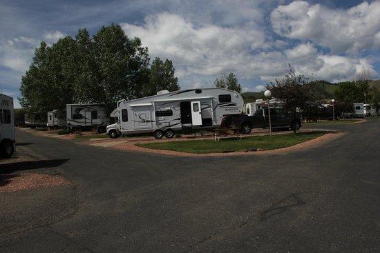 Dakota Ridge RV Park : Sites