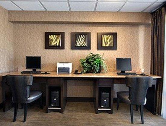 Days Inn Longview South: Business Center