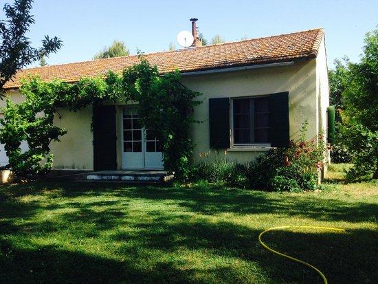Mas Du Petit Grava: The Cottage