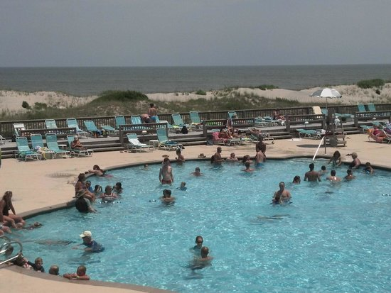 Corolla Light Resort : Just one of the pools!
