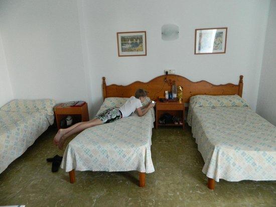 Hotel Antares: номер стандарт