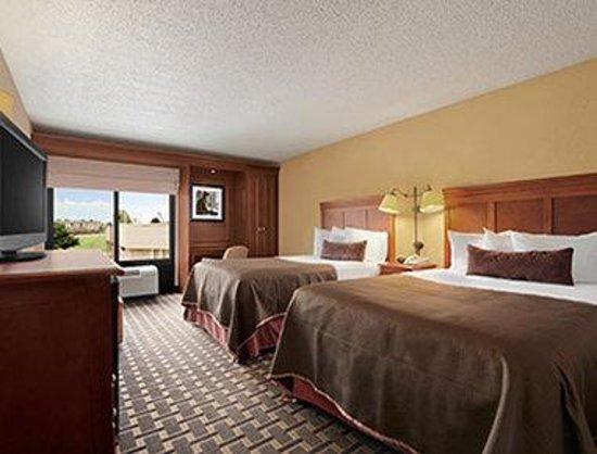 Baymont Inn & Suites - Lewisville: Standard Double Room