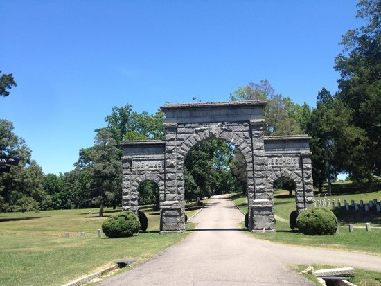 Blandford Church and Cemetery: Memorial Garden for Confederate Soldiers