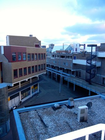 Apollo Hotel Lelystad City Centre : More of the town from the room.
