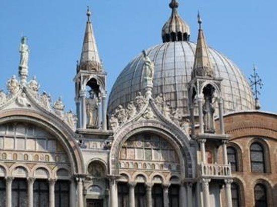 Markusdom (Basilica di San Marco): 屋根