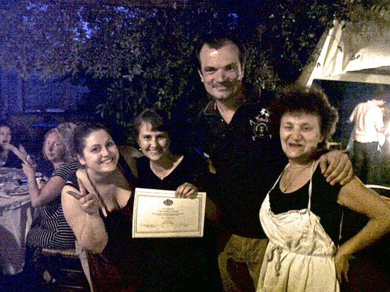 Cooking Vacations Italy : Once l had completed the cooking course, l received my certificate from Fabrizio.