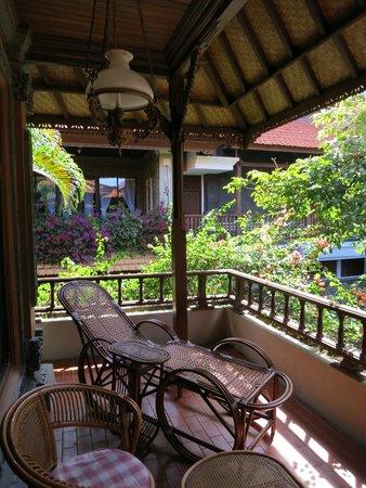 Bali Tropic Resort and Spa: Терраса номера 2го этажа