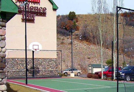 Residence Inn Durango: Sport Court
