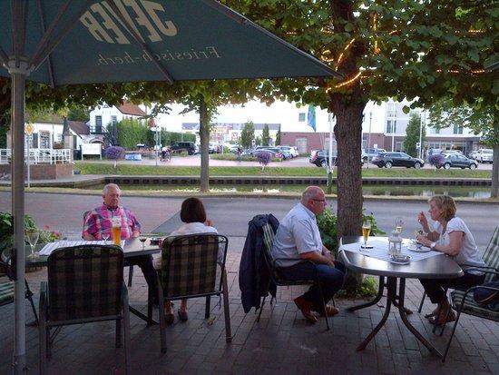 Fischhaus Smutje Papenburg: garden