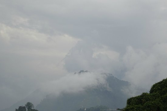 The Elgin Mount Pandim, Pelling: Magnificent View