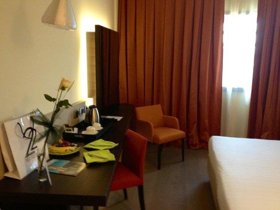 UNA Hotel Modena: Entrando in camera