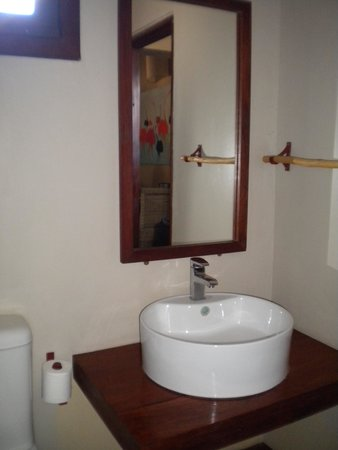 Olga's - The Italian Corner: bathroom
