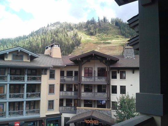 The Village At Squaw Valley : alt. view from our room.