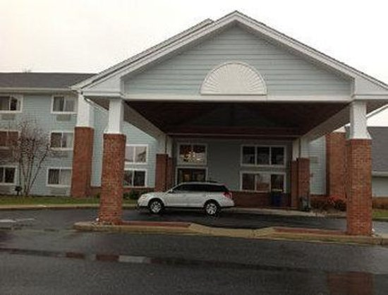 Days Inn & Suites Milford: Welcome to Days Inn and Suites Milford
