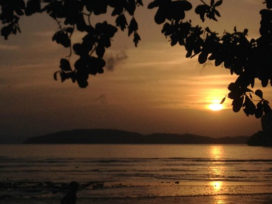 Rayavadee Resort : sunset view from rai talay