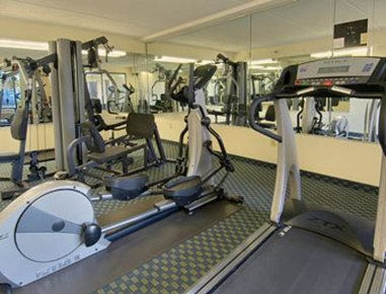 Baymont Inn and Suites Kissimmee: Fitness Center