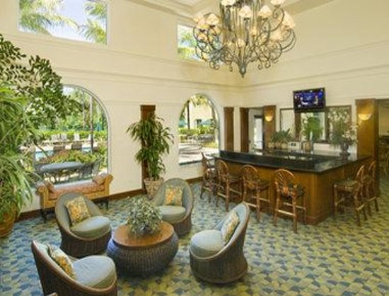 Hawthorn Suites by Wyndham Naples : Lobby