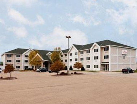 Welcome to the Hawthorn Suites By Wyndham Oshkosh