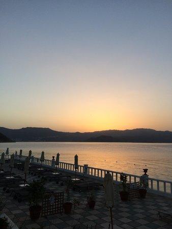 Megisti Hotel: View at breakfast!