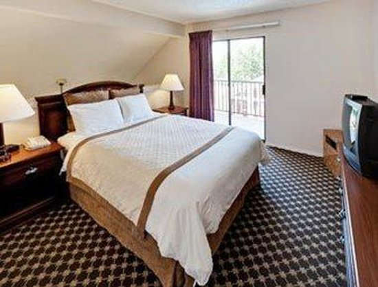 Hawthorn Suites by Wyndham Dallas Love Field Airport: Double Bed Guest Room