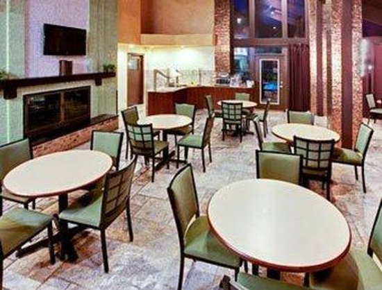 Hawthorn Suites by Wyndham Dallas Love Field Airport: Dining