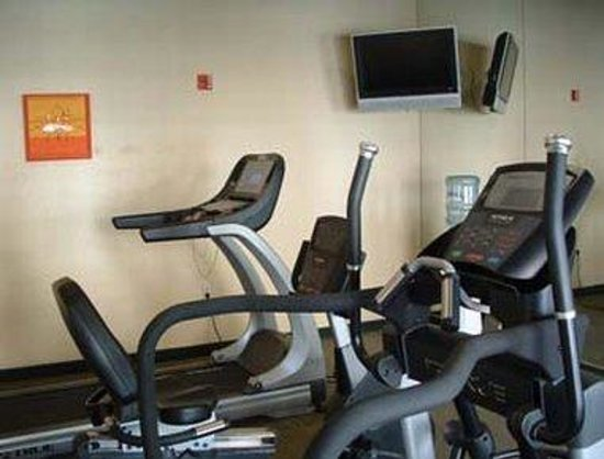 Hawthorn Suites by Wyndham Chandler/Phoenix Area: Workout Room