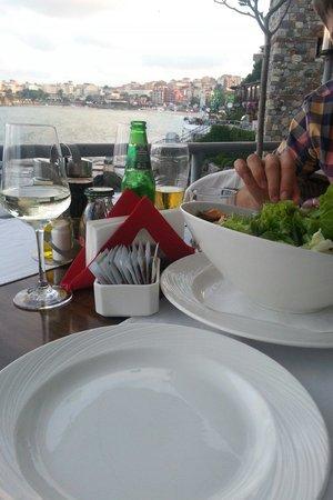 Casa Del Mare: Июль 2014. Вид с терассы ресторана.