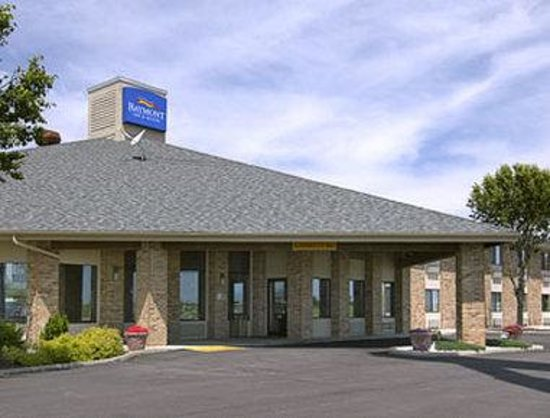 Baymont Inn and Suites Tuscola: Welcome to the Baymont Tuscola